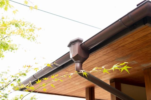 雨樋の修理になぜ火災保険が使えるのか?サムネイル画像